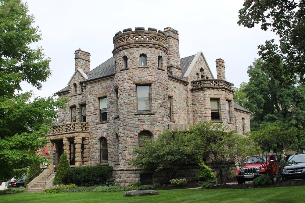 W. G. ROBINSON DESIGNED THE CASTLE