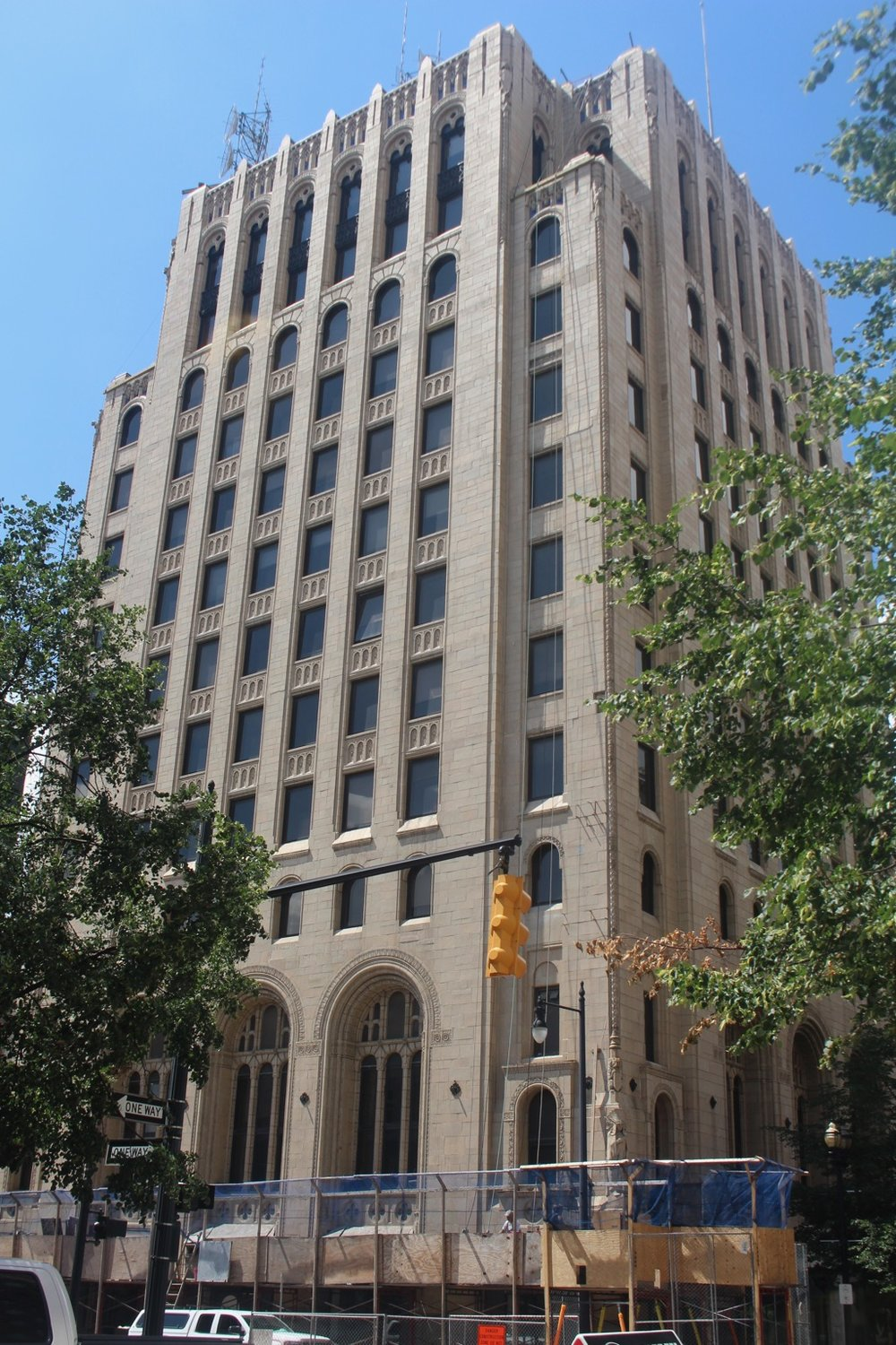 77 MONROE CENTER NW - MICHIGAN NATIONAL BANK