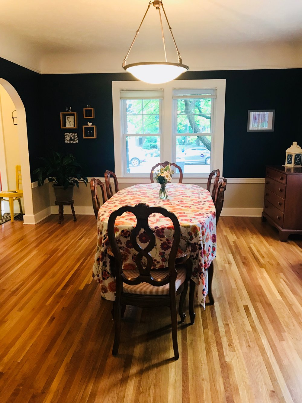 864 CADILLAC DINING ROOM 2 (1).jpg