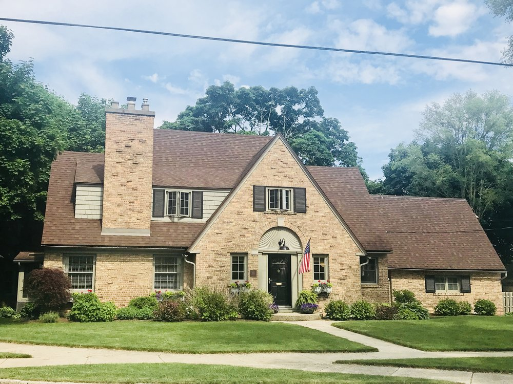 Current photo of a home on Iroquois designed by Louise Gilleo in the Ottawa Hills Neighborhood and built by Blakeslee Brothers Builders in 1927.