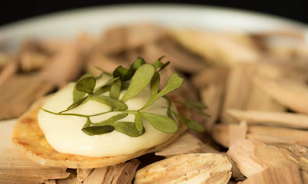 Foie Gras Cracker 03.jpg