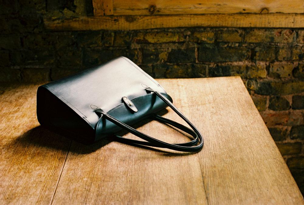 Tallowin Flatiron Handbag