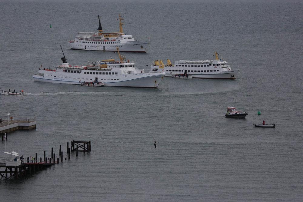 4 Weltrekord im Hafenbecken.jpg