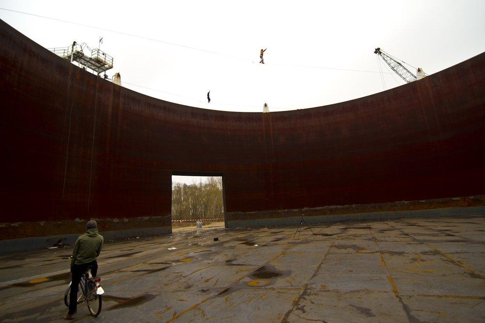 """Yellow Submarine"" – 25m lang – 20m hoch (tubular webbing) – FA: Klaus Blagoi ""Rusty Tank"" – 50m lang – 20m hoch (Type18) – FA: Alexander Schulz"