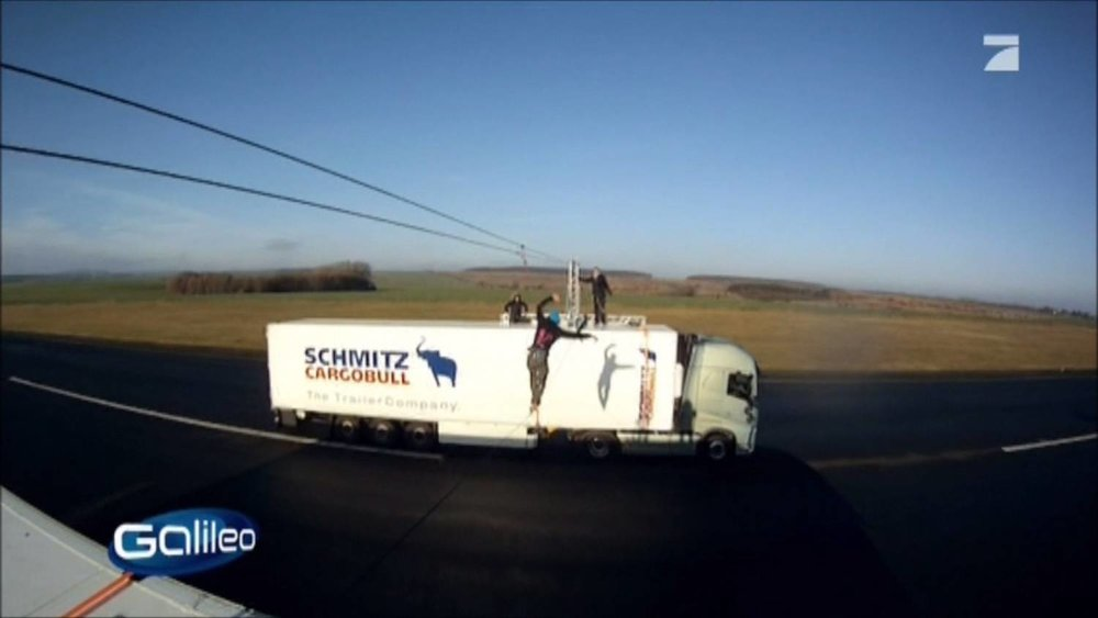 Galileo Fakecheck Slackline Volvo Stunt (3).jpg