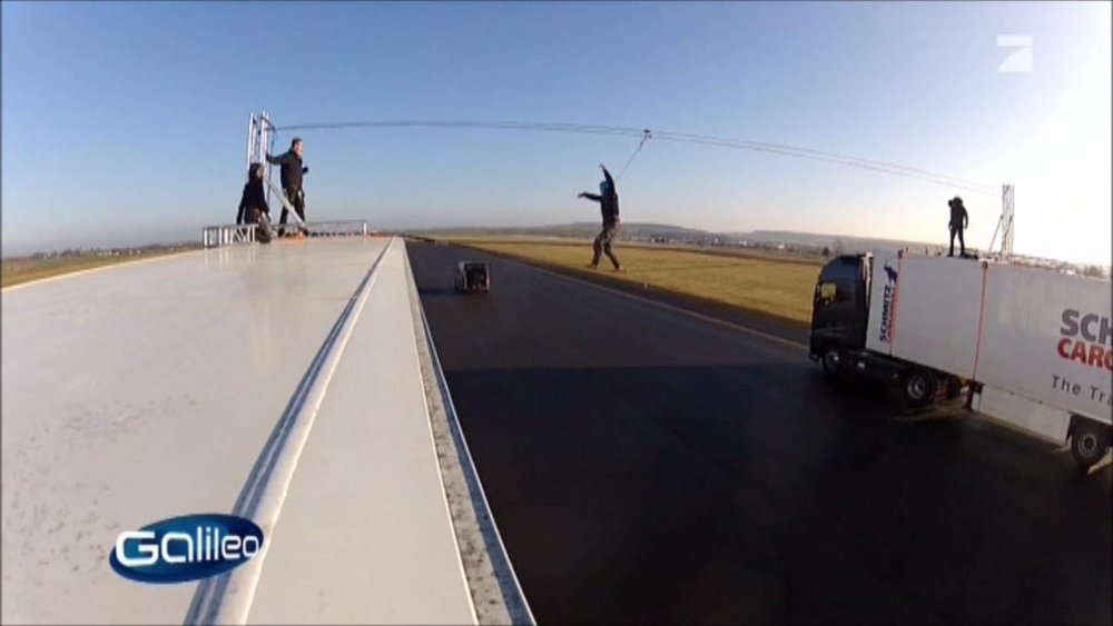 Galileo Fakecheck Slackline Volvo Stunt (4).jpg