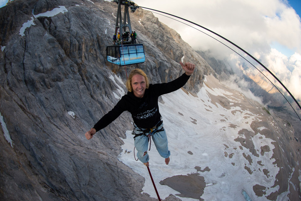 Cablecar Highline at Zugspitze (7).jpg