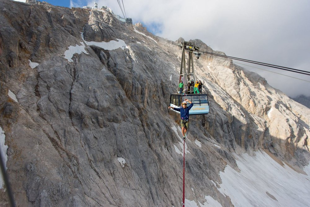 Cablecar Highline at Zugspitze (4).jpg