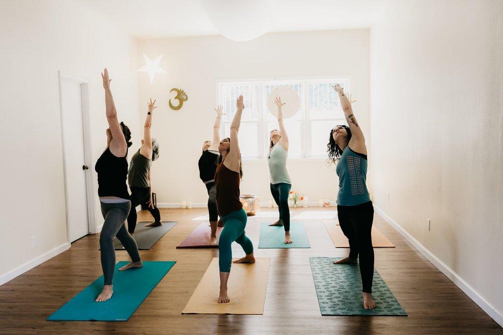 yoga dive 2018-40_preview.jpeg