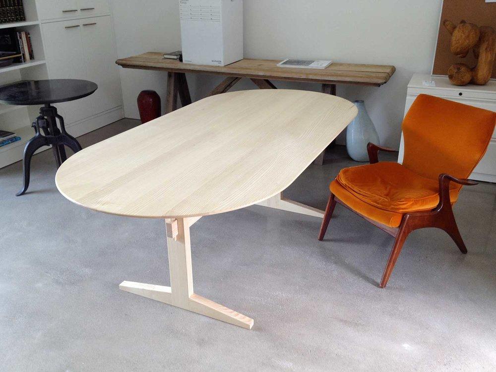 wickham-white-ash-trestle-table2.jpg
