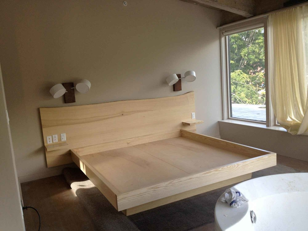 wickham_roundhouse_bed3.jpg