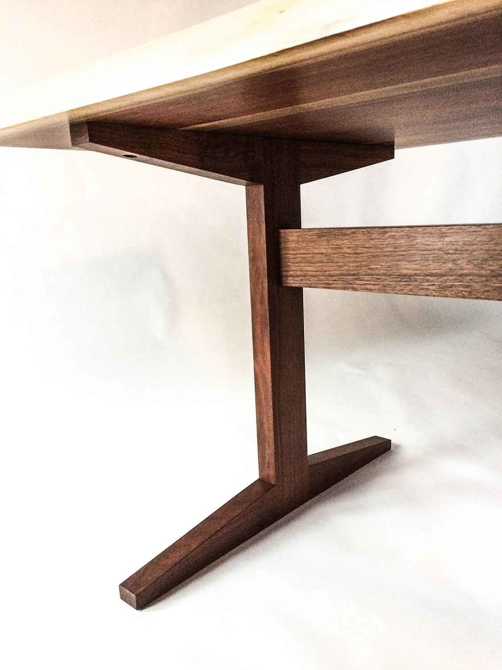 croton-trestle-table-3094.jpg