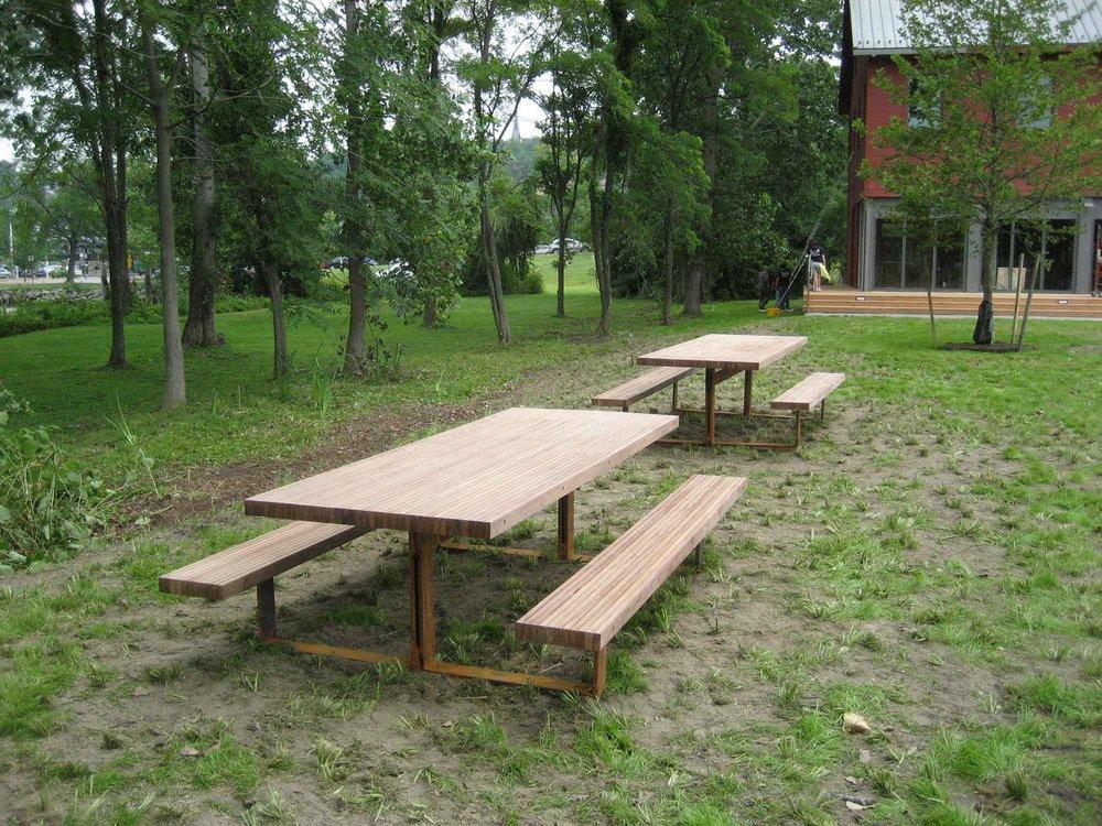 scenic-hudson-picnic-tables-5944.jpg