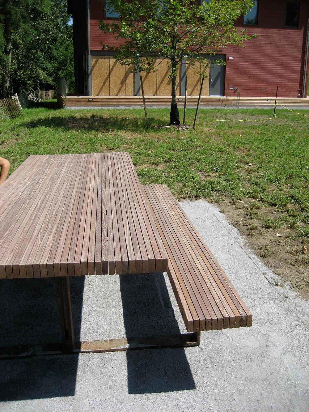 scenic-hudson-picnic-tables-6161.jpg
