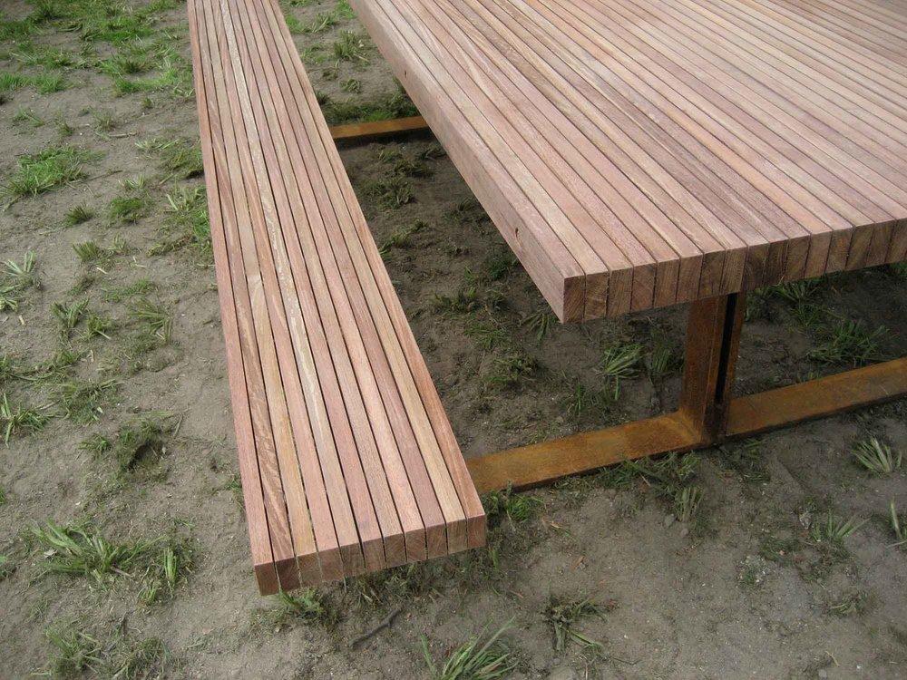 scenic-hudson-picnic-tables-12062.jpg