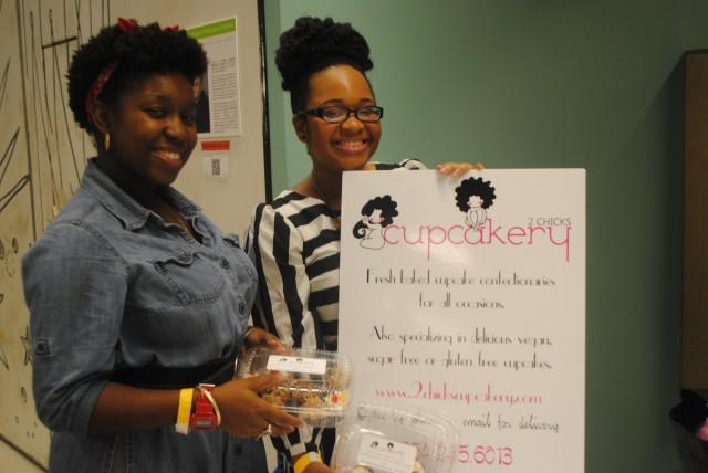 2 Chicks Cupcakery