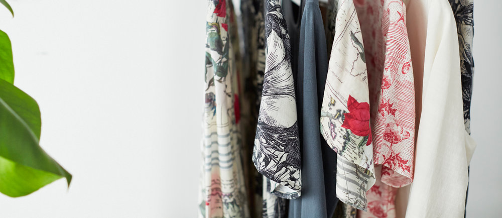 Thought luo upeita printtejä sekä pitkäkestoisia ja tyylikkäitä vaatteita.
