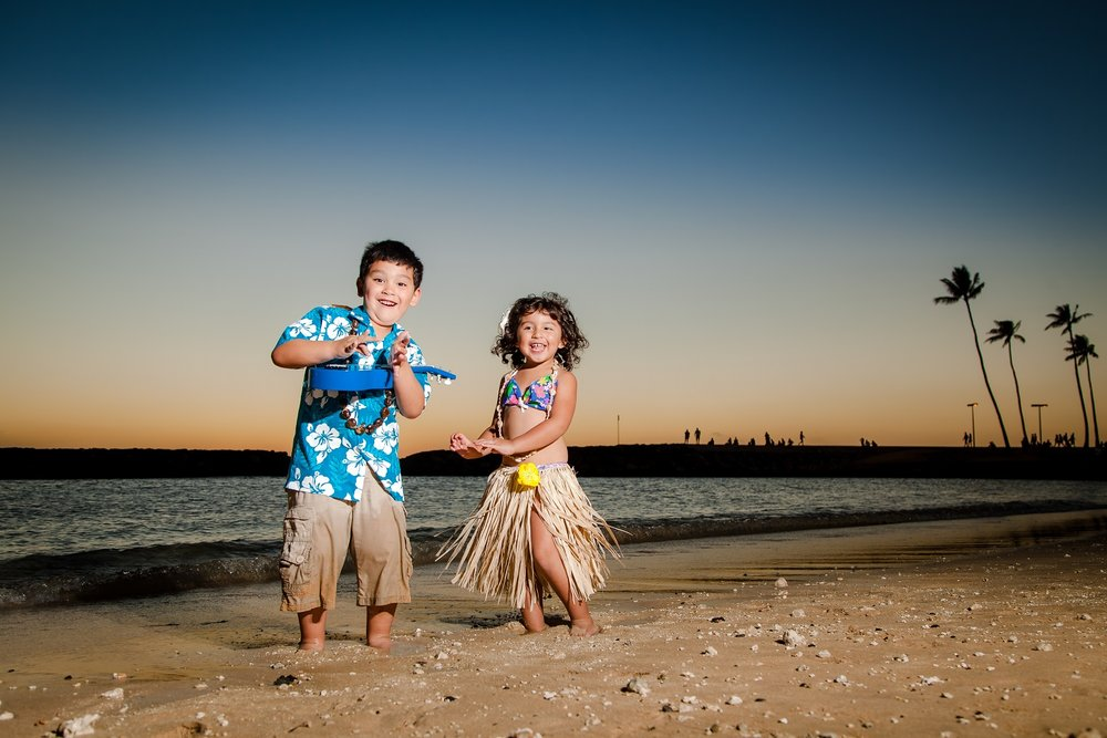 family kids photographer oahu hawaii