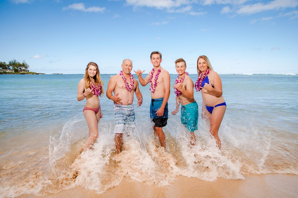 family photo shoot waikiki