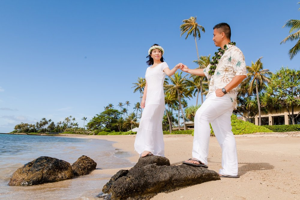 oahu honeymoon photographer