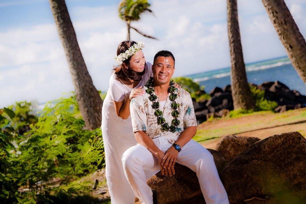waikiki honeymoon photos portraits