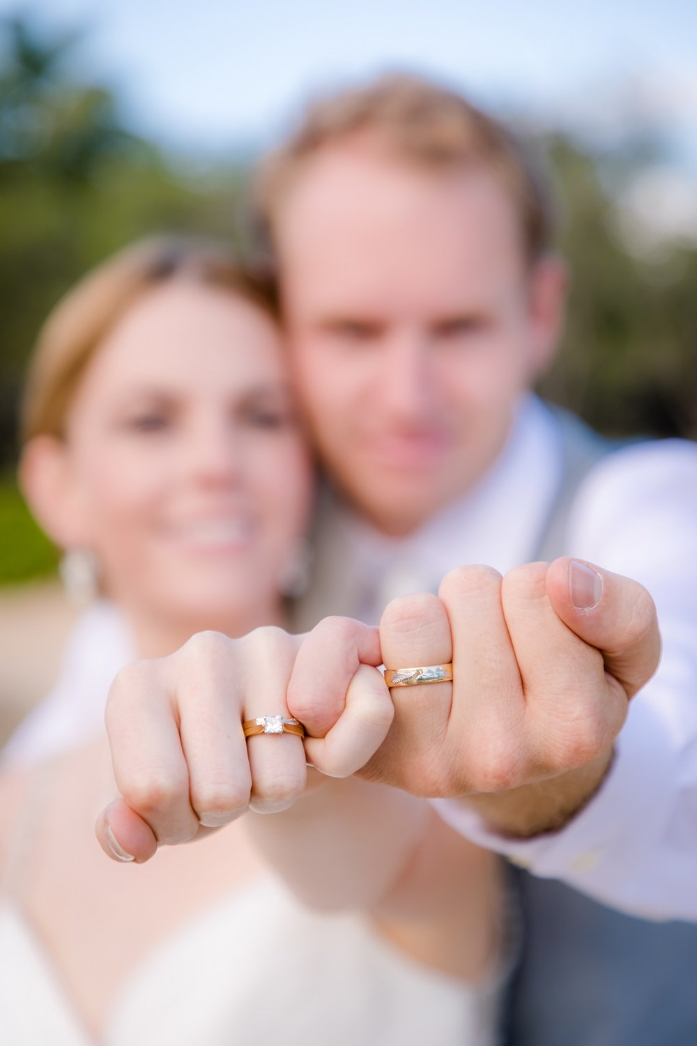 bride & groom pinky ring portrait