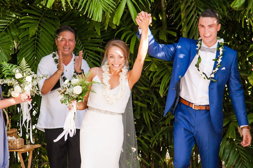 married tie the knot celebration waikiki oahu