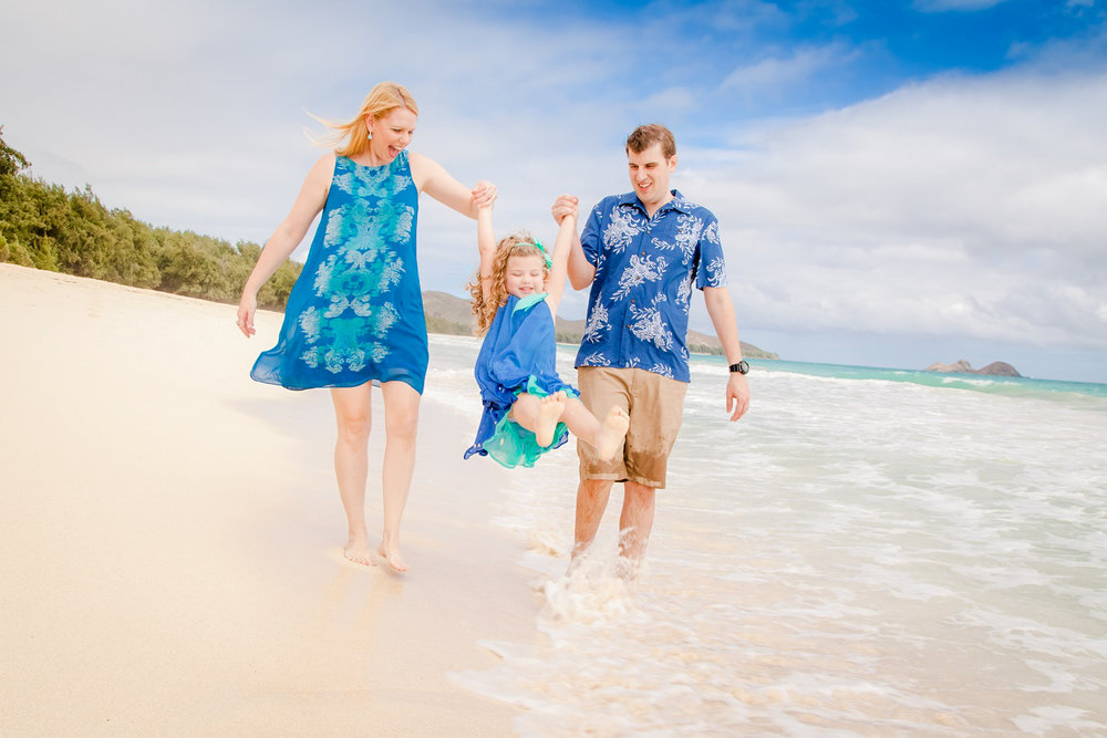 family beach portrait oahu hawaii