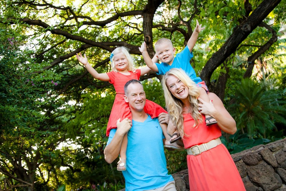 family portraits waikiki beach