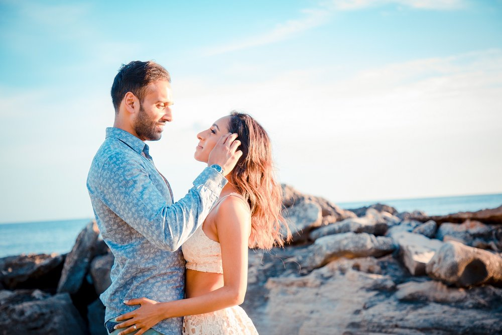 Natural light, engagement session at sunset