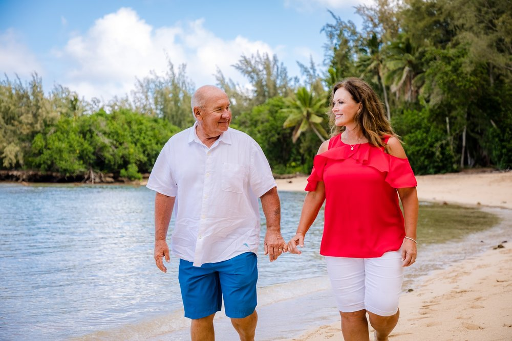 couples beach photo shoot north shore oahu