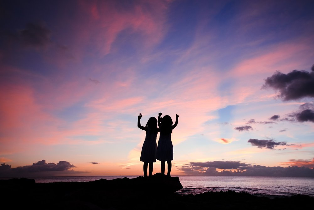 kids family beach photo silhouette ko olina hawaii