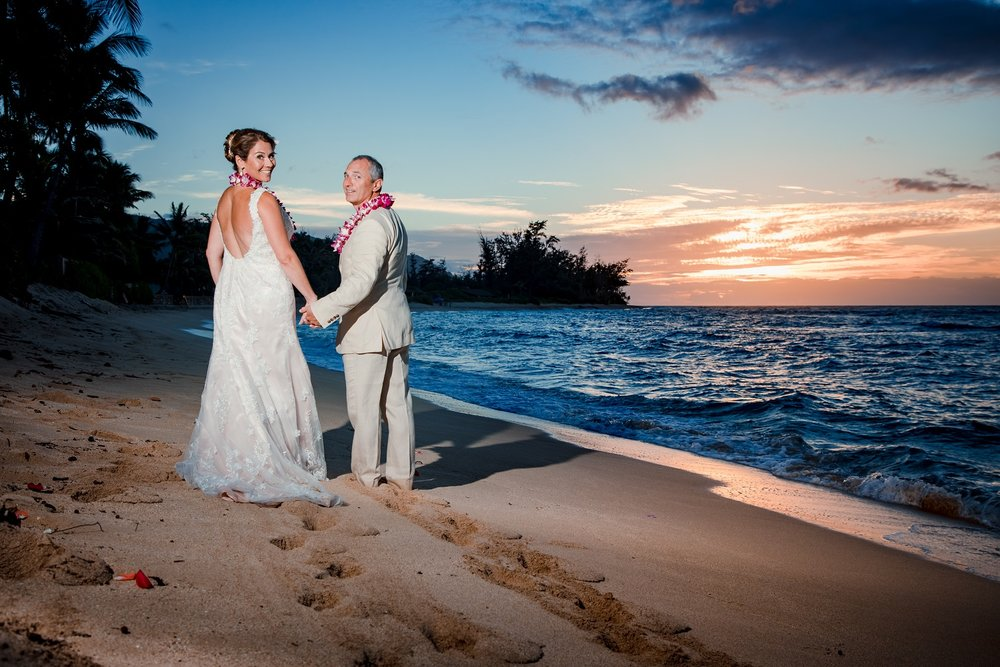 destination beach wedding in hawaii