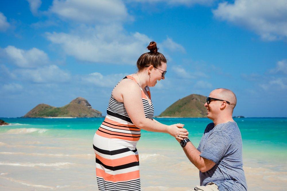 surprise proposal engagement portrait lanikai beach