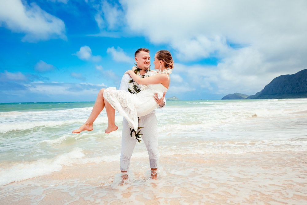 oahu elopement wedding portraits on beach ocean