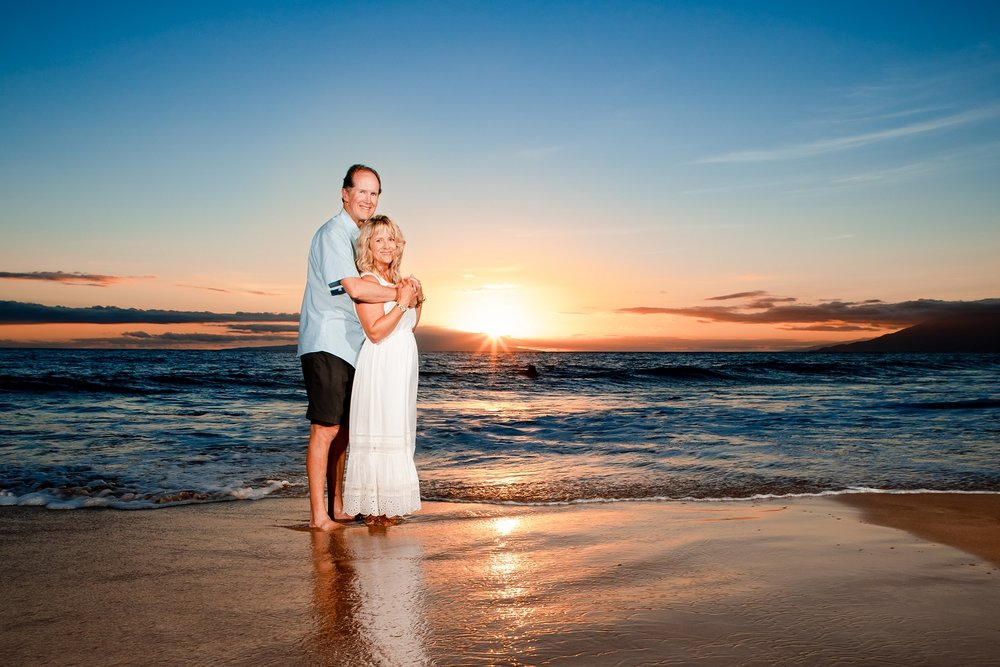 grand wailea maui couples anniversary photographer