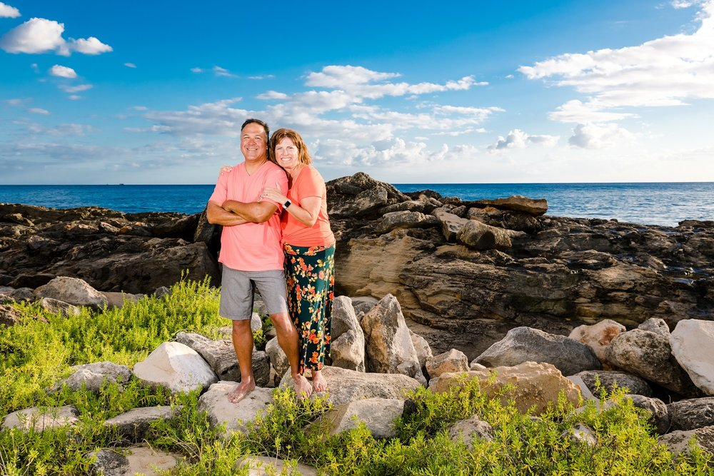 couples engagement photo session oahu hawaii