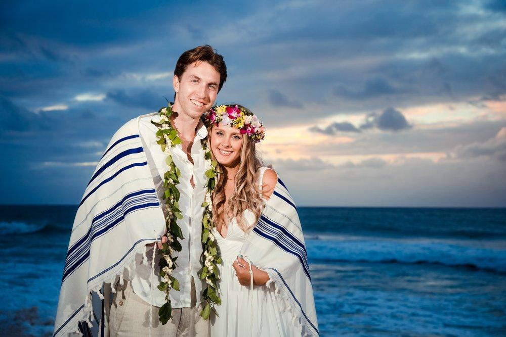 sunset wedding elopement kauai beach hawaii