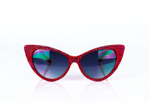 71eede7138e 00005   RED SWAROVSKI CRYSTAL EMBELLISHED CATEYE SUNGLASSES