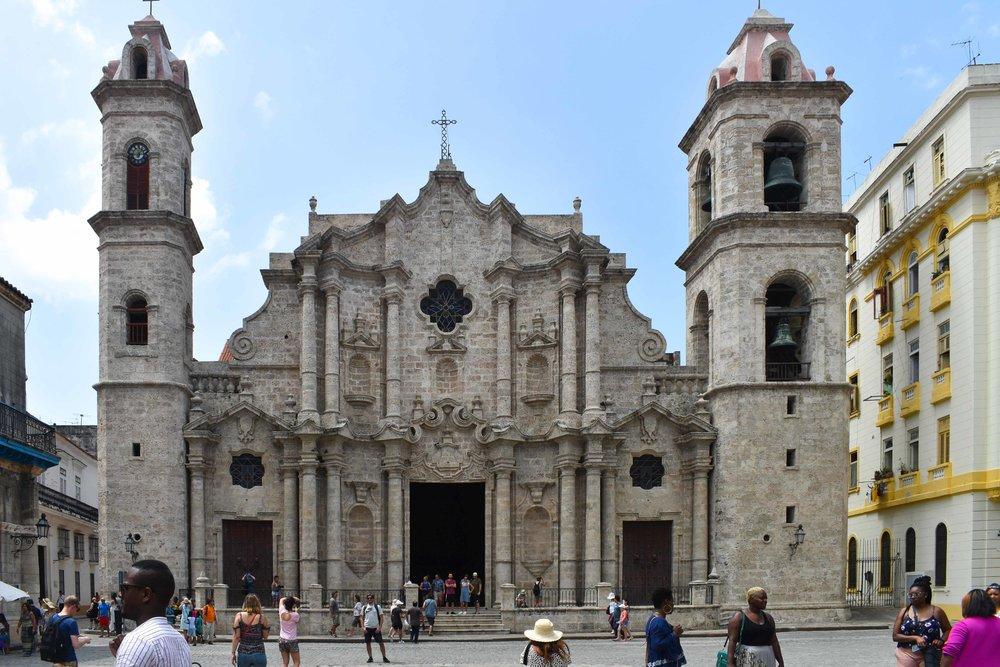 Plaza de la Catedral havana cuba travel blog gregsstyleguide