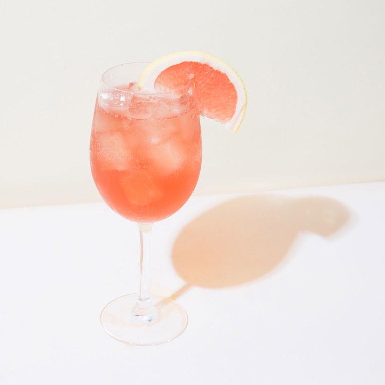 rose aperol spritz summer drink ideas