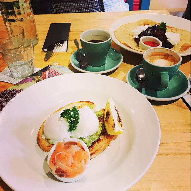 We're glad you enjoyed your smashed avocado, @malfawltytowers! Thanks of the pic :) #avocado #brunch #breakfast #newzealand #wairarapa #cafe #nzcafe #greytownvillage #eggs