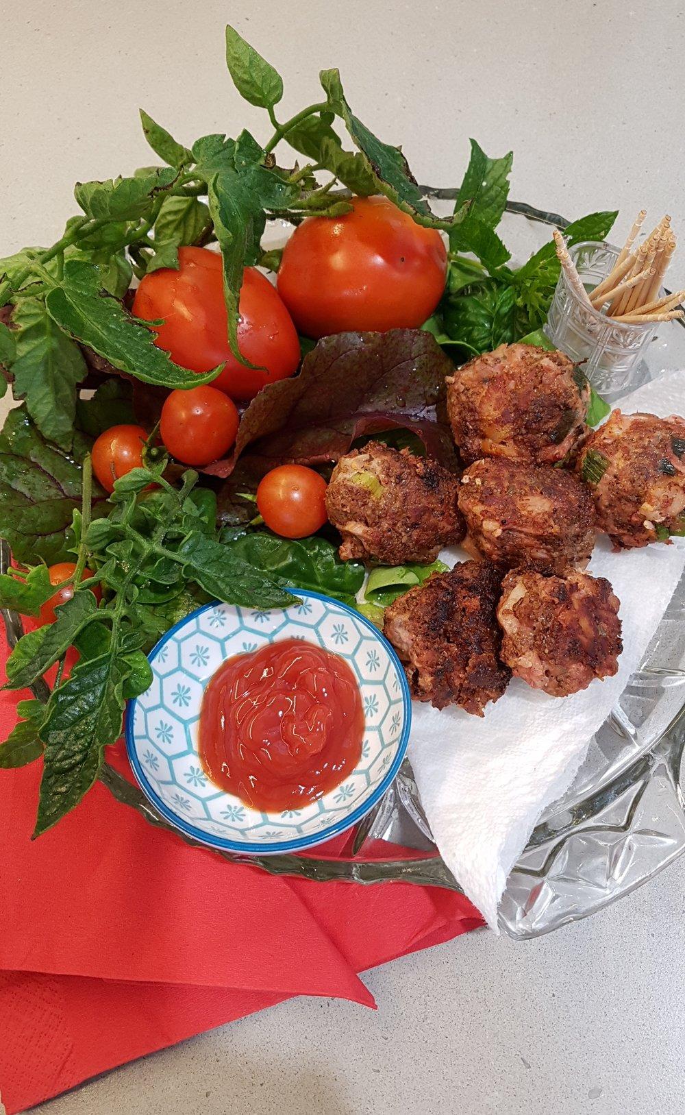 Aunty Jane's meatballs .jpg