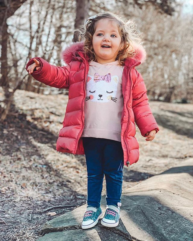 Now that our days are staying lighter longer, it means spring is around the corner and we are so excited to play outside again! ☀️ Adina is loving her new kicks from @seekairunbasics. They're cute, comfortable, and so easy to put on - perfect for my independent toddler who insists on doing everything herself these days! 👟 And I love that they're designed for proper foot development and are super flexible so she has room to move. 🌸 Let's just hope I can keep up with her! http://liketk.it/2ApJd #liketkit @liketoknow.it