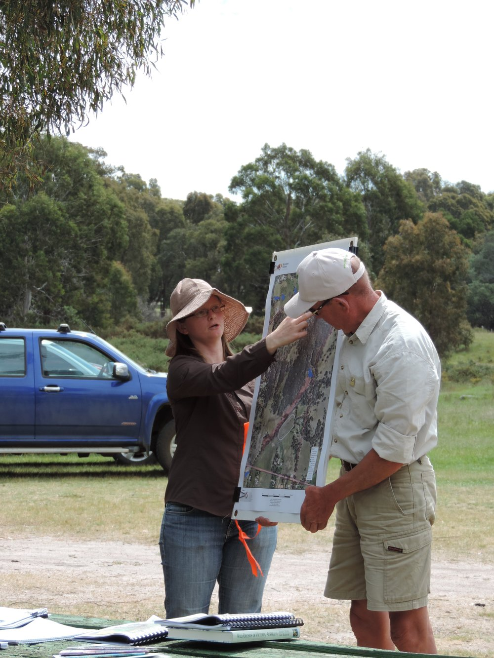 1. FoBHR launch Nov 2014 Peter Sporle Pipers Creek Landcare and  Michelle Patrick MRSC .JPG