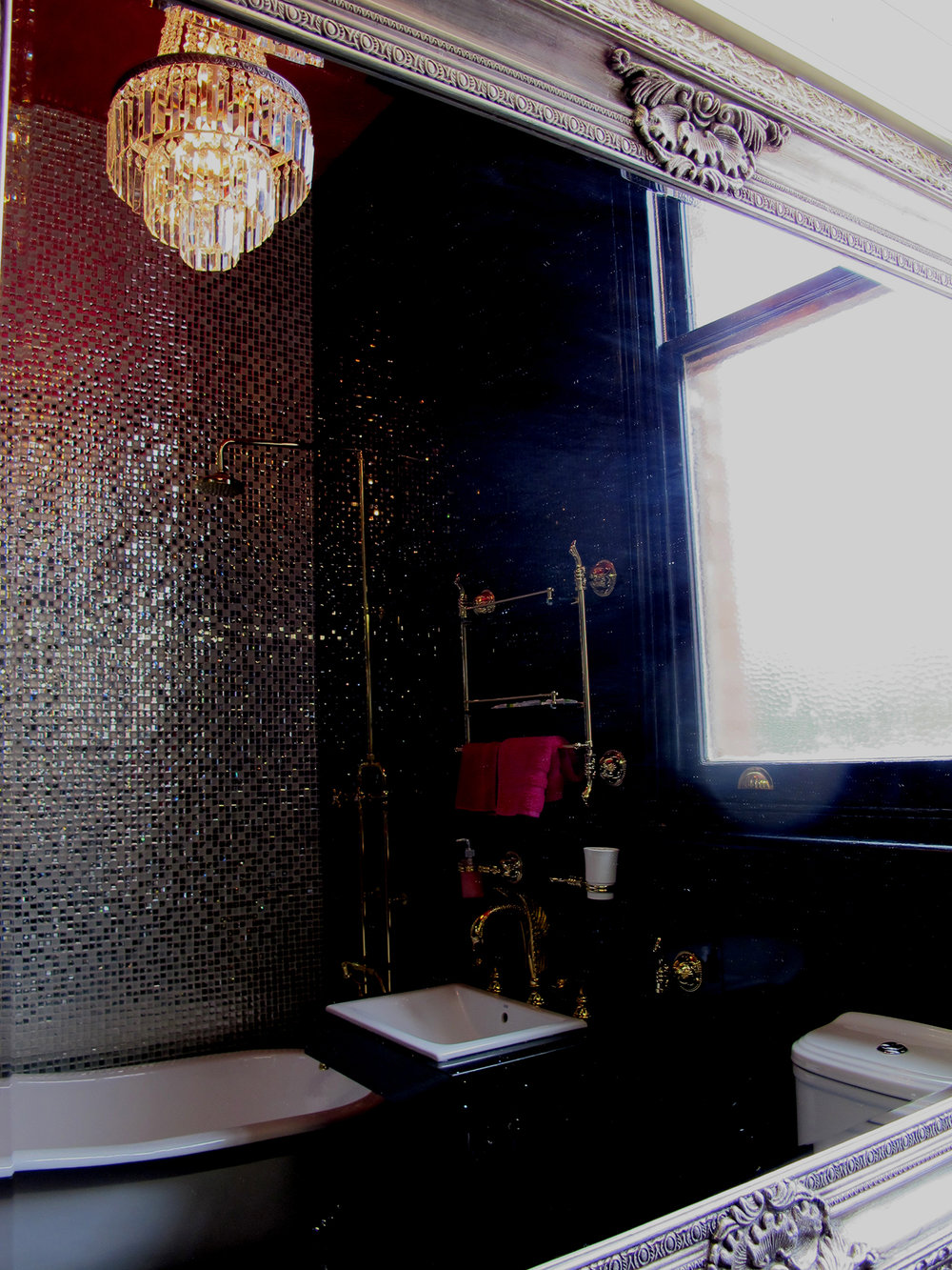 palace-hotel-priscilla-suite-bathroom2.jpg
