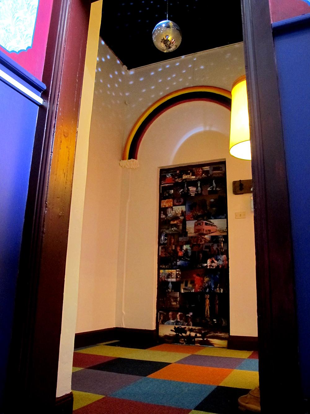 palace-hotel-priscilla-suite-mirrorball2.jpg