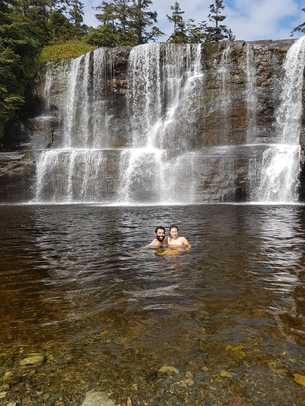 Me, beau & a waterfall *Swooning*