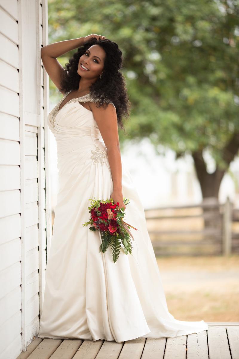 Tianna-Tran-Vancouver-Wedding-Makeup-Artist-Bridal-042.jpg