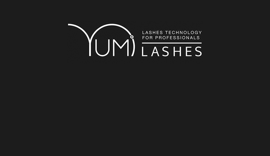- Curl, nourish, and enhance your natural lashes